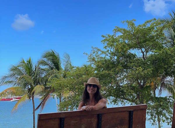El rincón de Bell: un restaurante y una librería en Miami para visitar, por Maribel Verdú
